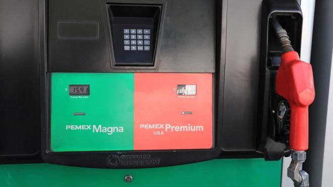 Los precios de la gasolina ai 92 en la esfera de Moscú